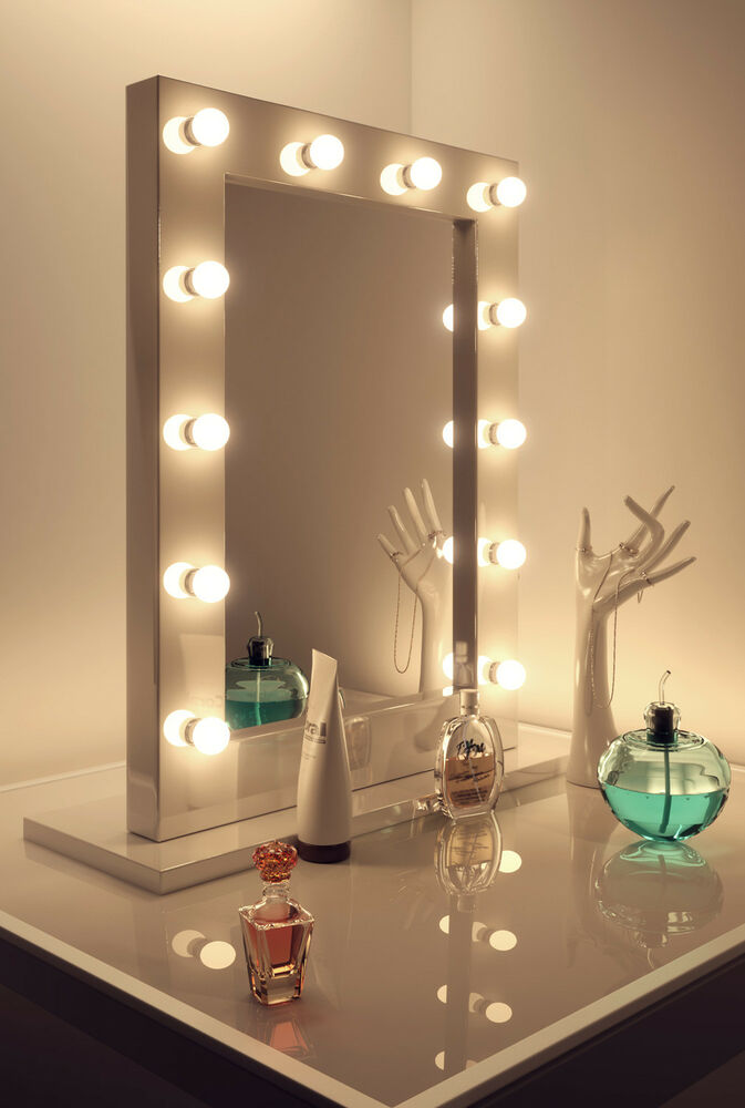 Diamond x gloss white hollywood makeup mirror warm white for Miroir led ikea