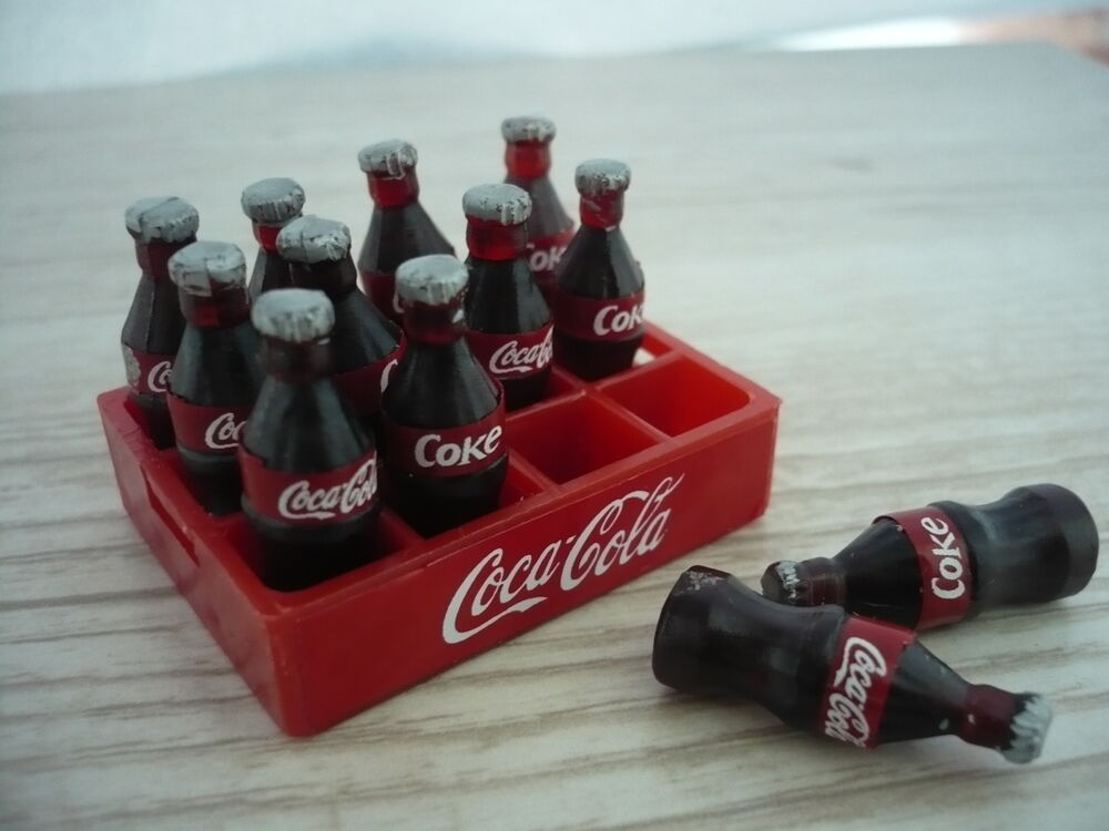12 coca cola bottles and tray dollhouse miniatures food supply deco ebay. Black Bedroom Furniture Sets. Home Design Ideas
