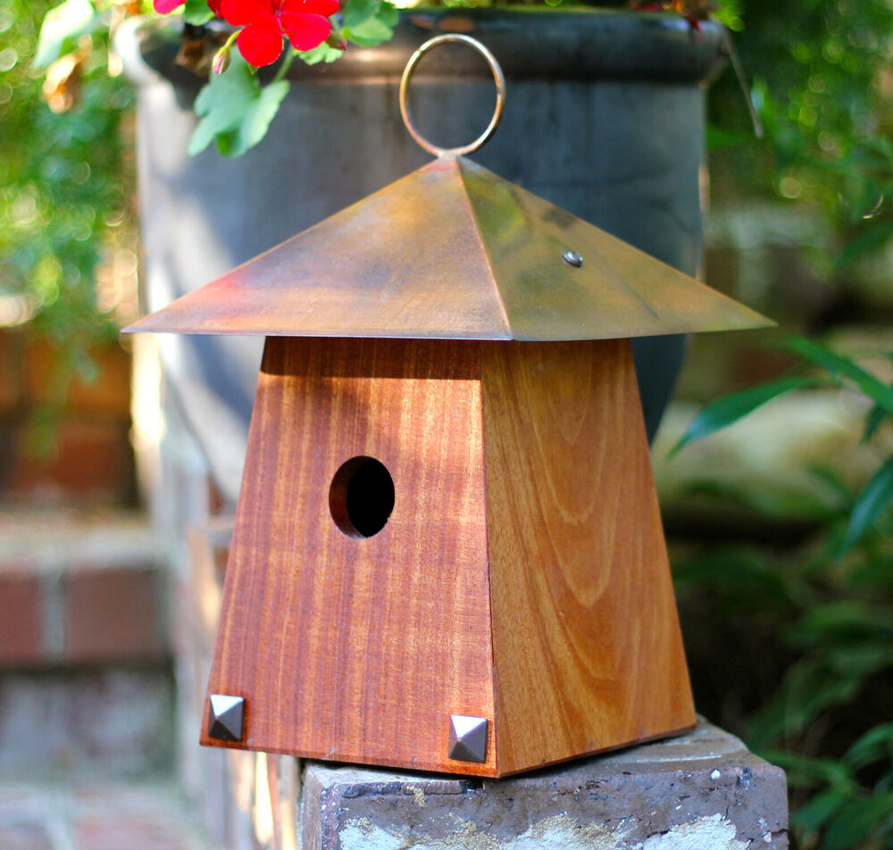 Bird houses craftsman style bird bungalow bird house for Bird house styles