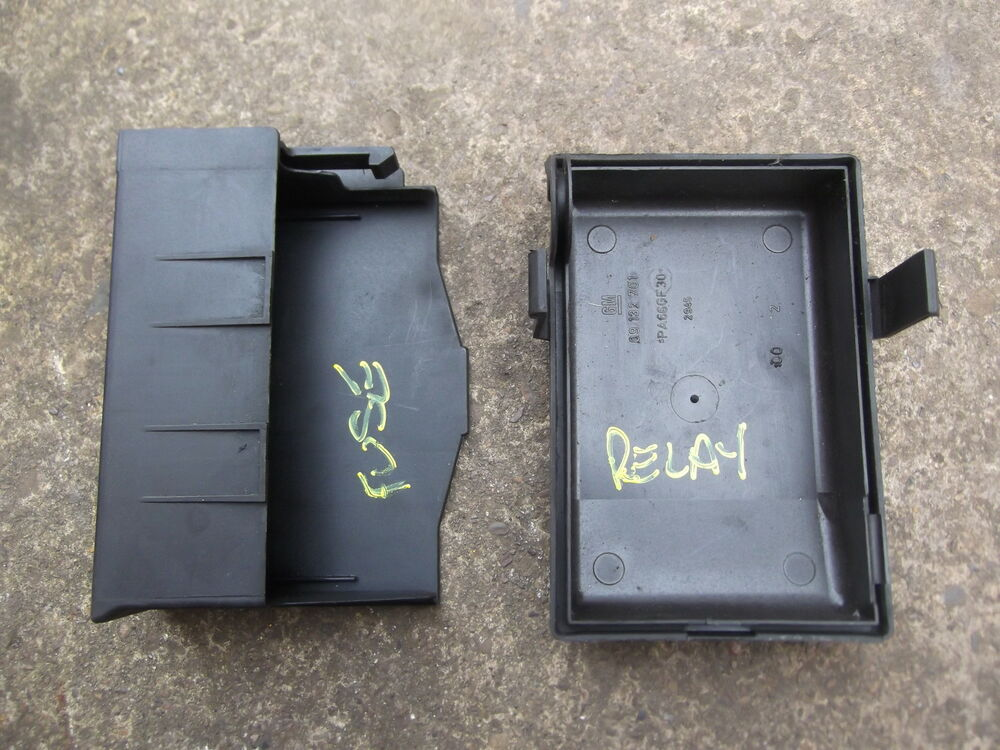 Vauxhall astra g mk engine bay fuse box relay covers