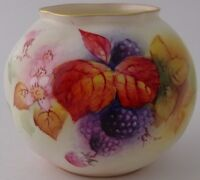 Exquisite Royal Worcester Fruit And Leaves Vase By M Miller - Dating To 1952