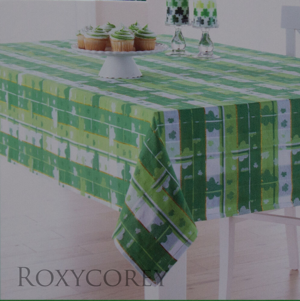 St Patricks Day Green White Shamrock Jacquard Tablecloth