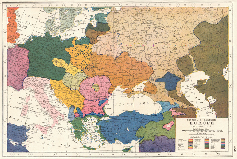 EUROPE Central Eastern Europe Nationalities HARMSWORTH 1920 old map