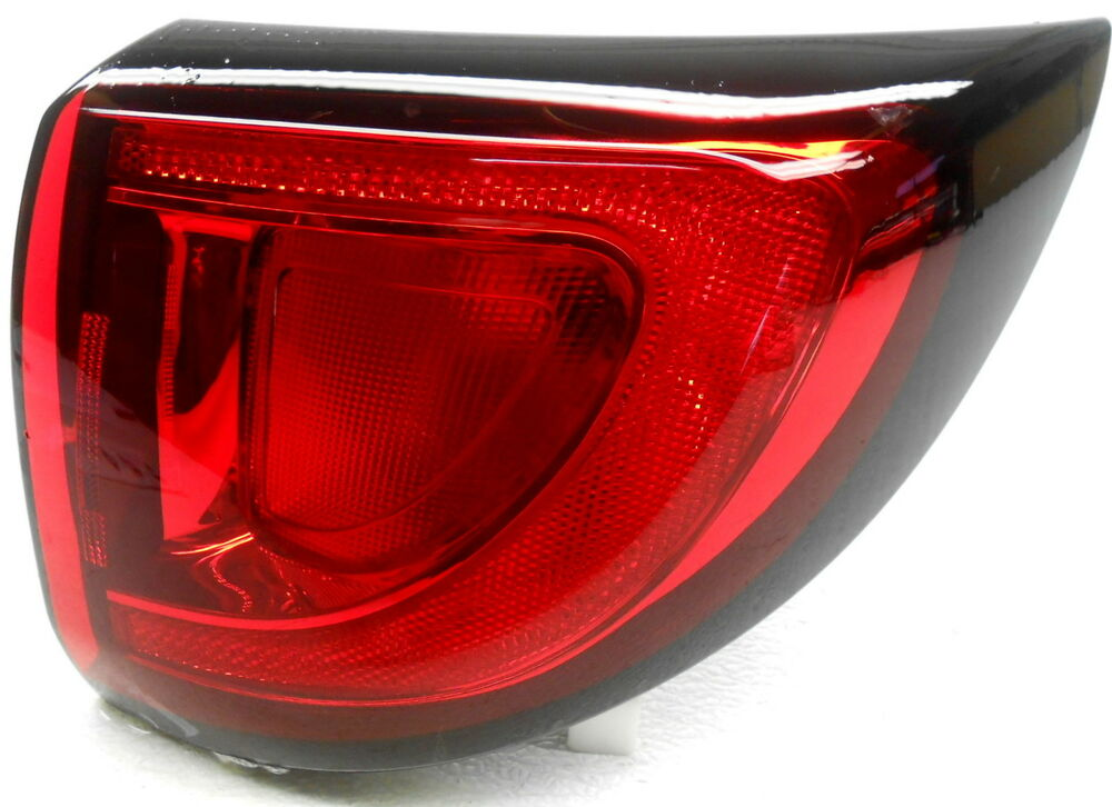 Details About Oem Chrysler Pacifica Right Side Quarter Bulb Type Mounted Tail Lamp 68229028ab