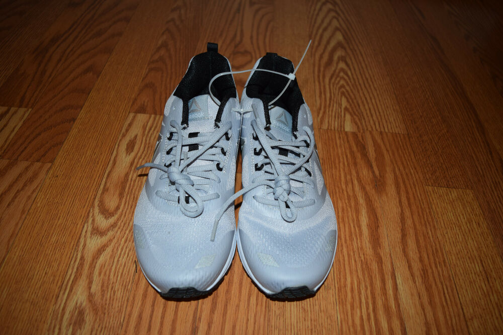Details about NEW Womens REEBOK AHARY RUNNER Light Gray Black Athletic  Running Tennis Shoes 10 47fd7ada1