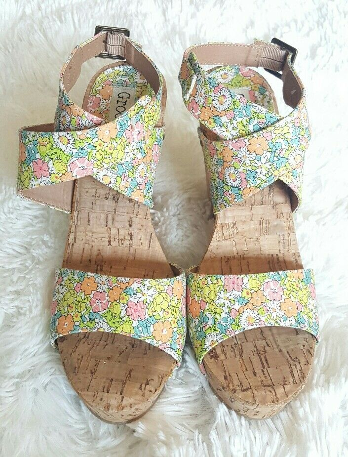 6716f1f4ec86 Details about New Groove Ariana Floral Studded Wedge Ankle Wrap Sandals sz 8