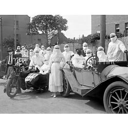 Kyпить 1919 Spanish Influenza Pandemic Health Workers Old Photo 8.5