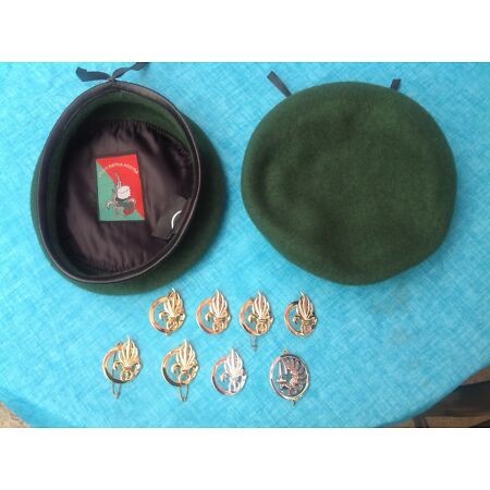 img-French Foreign Legion beret with Legion Label and beret badge