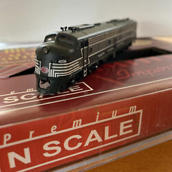 N-Scale - BLI E8A NEW YORK CENTRAL DCC & Sound *for parts or repair* NYC # 4036