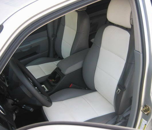 S L on Dodge Caliber Interior