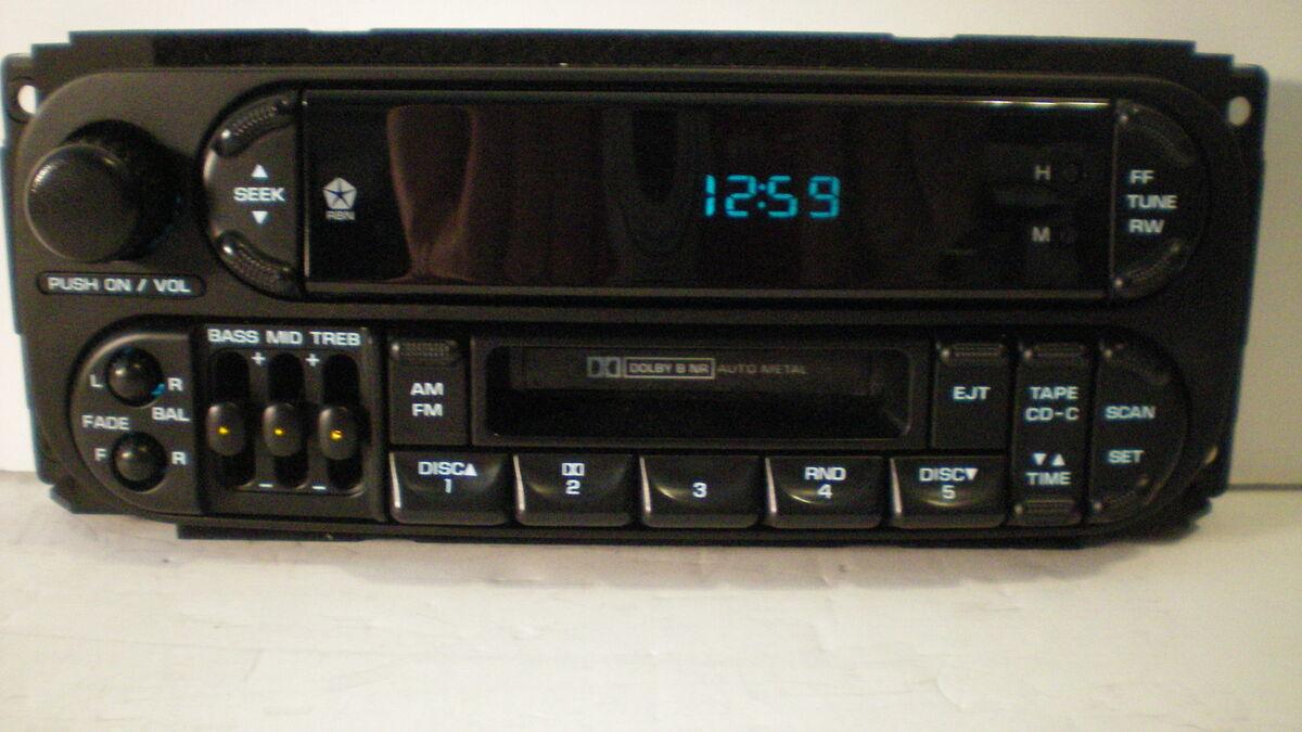 01 2001 Dodge Grand Caravan Minivan Cassette Player Radio