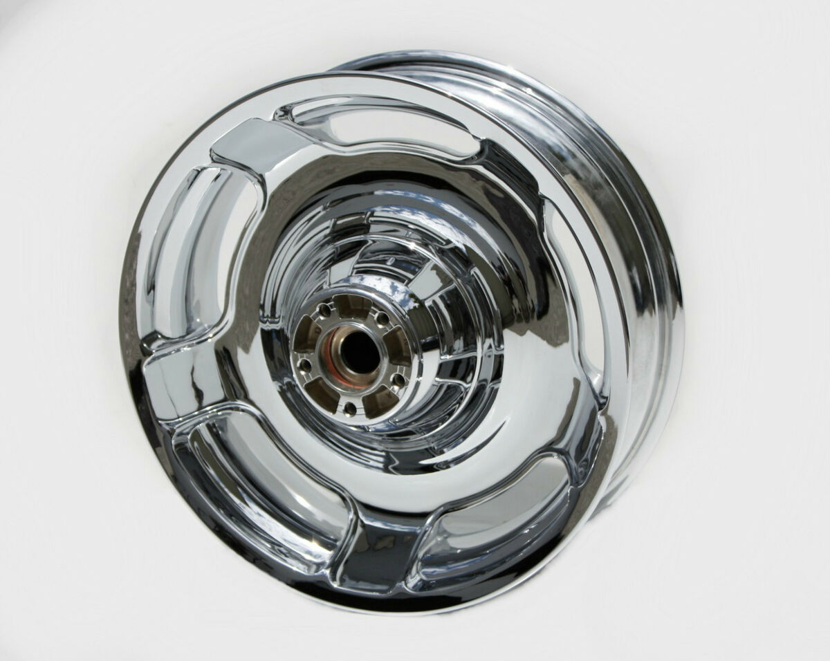 12 Harley Street Glide Streetglide Rear Wheel Rim New FLHX Show Chrome