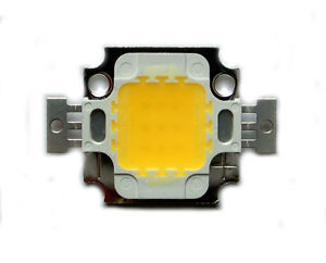 10-Watt-High-Power-LED-Panel-800-900-lm-warm-weiss-9V-12V-1050mA