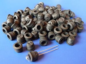 100-STUCK-LED-FASSUNG-Montageringe-fuer-5mm-in-Neopren-Gummi-5SC