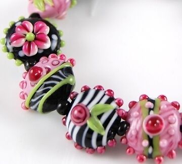 11 pcs HANDMADE LAMPWORK BEADS Black Pink Lime Lentil Flower in Jewelry & Watches, Loose Beads, Handmade Lampwork | eBay