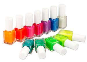 12tlg-Leuchtet-im-Dunkeln-Nagellack-Gluehtfarbe-Nail-Art-Varnish-Fluoreszenz-Set