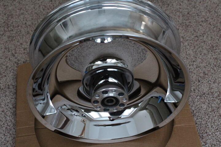 "17"" Harley Davidson Chrome Solid Dish Wheel 2006 Softail FX Models 41647 06"