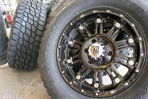 18 XD795 Hoss Gloss Black Wheels Rims 325 65R18 Nitto Terra Grappler