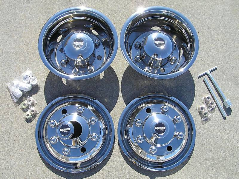 19 5 Chevy GMC 6500 Dually Wheel Hubcaps