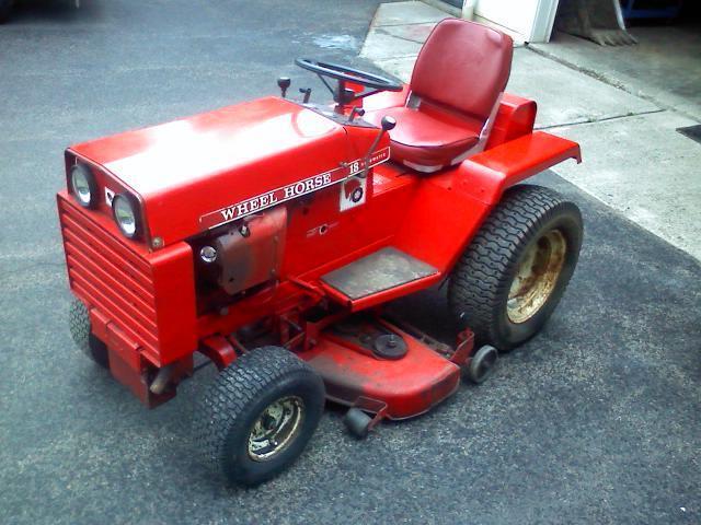 1973 Wheel Horse Model 18 Automatic Tractor John Deere Cub Cadet Lawn Mower