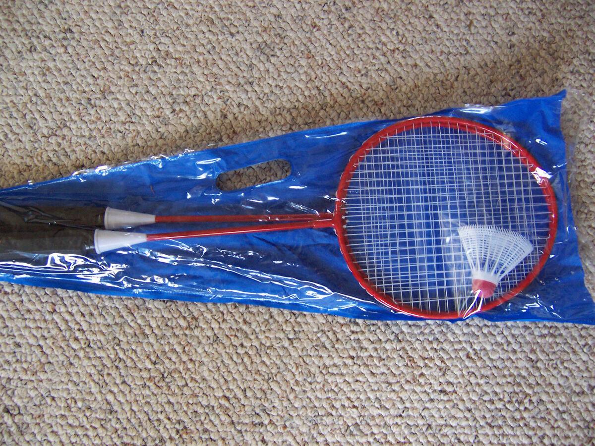 New Metal Badminton Rackets W Birdie White String Antislip