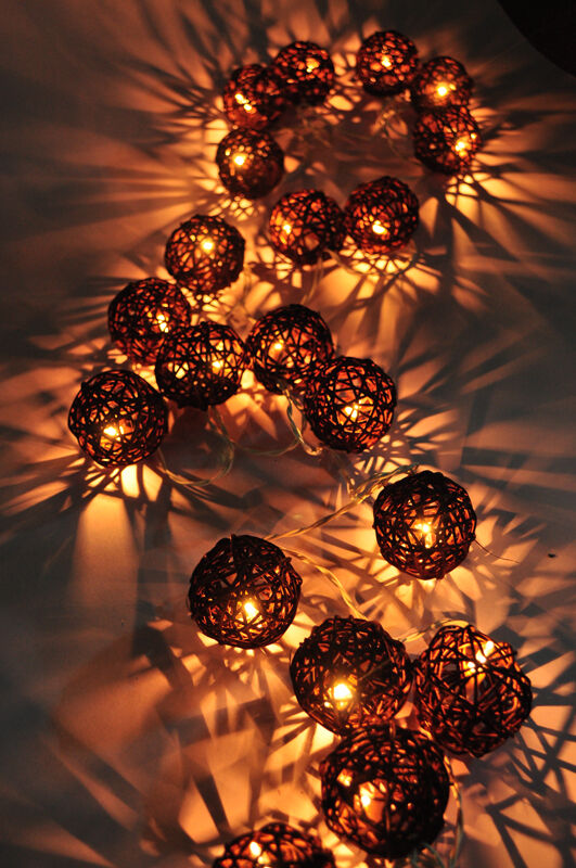 20 BROWN RATTAN BALL STRING HOMEINDOORBEDROOMDECOR
