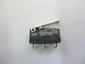 20-x-Mikroschalter-Wechselschalter-zum-Loeten-250V-5A-Mikrotaster-Schalter-Taster