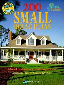 200 Small House Plans : Selected Designs