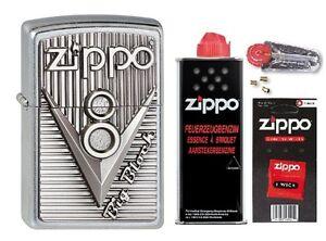 2003248-Zippo-Feuerezug-Zippo-V8-Emblem-mit-persoenlicher-Gravur-Basic-Pack