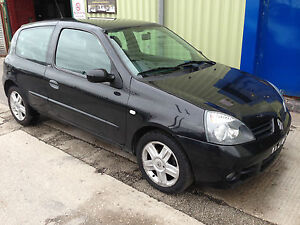 2007 renault clio campus sport 16v black damaged repairable salvage spares cat c ebay. Black Bedroom Furniture Sets. Home Design Ideas