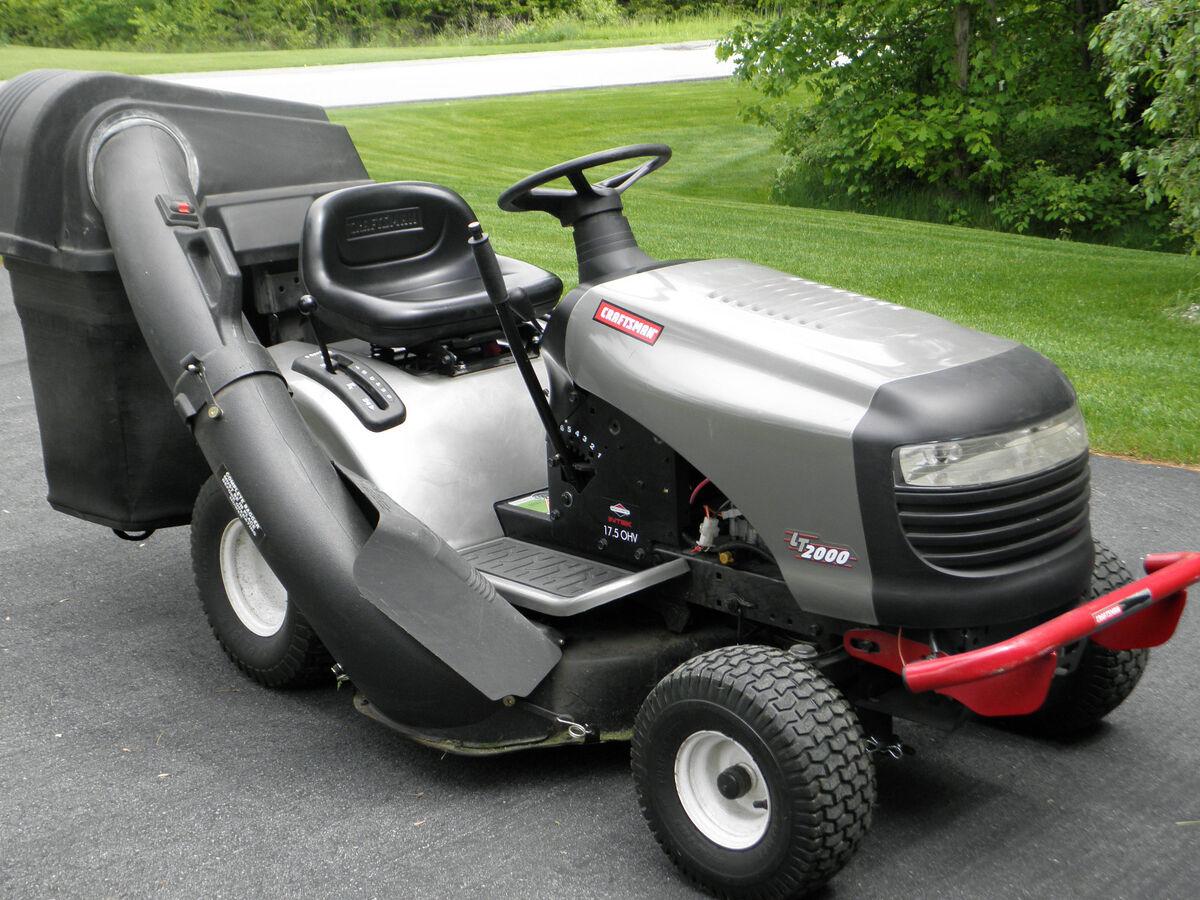 2008 craftsman lt2000 17 5 hp 42 cut riding lawn mower on for Craftsman 17 5 hp motor