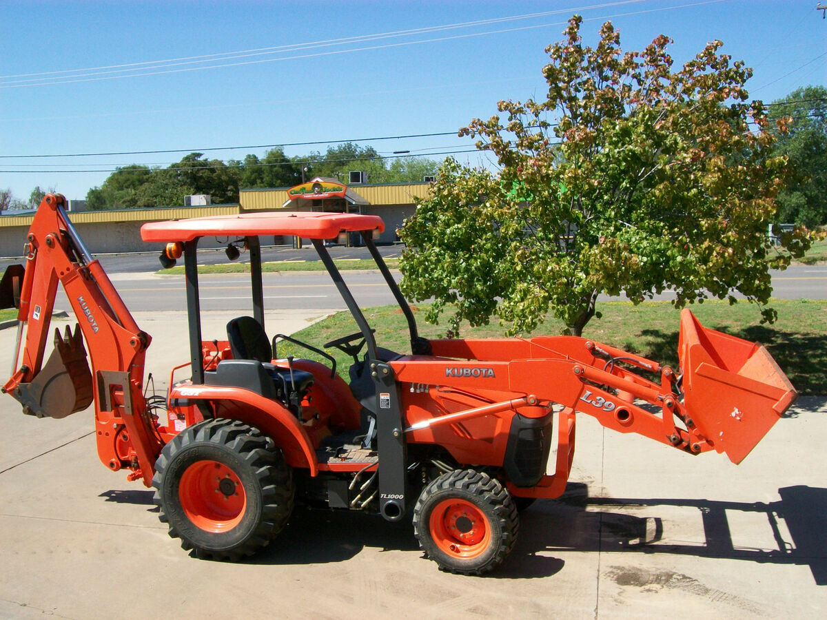 L39 4x4 Compact Tractor Loader Backhoe with Forks and 2 Buckets
