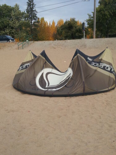 2011 liquid force havoc 12m in Sporting Goods, Water Sports, Kitesurfing | eBay