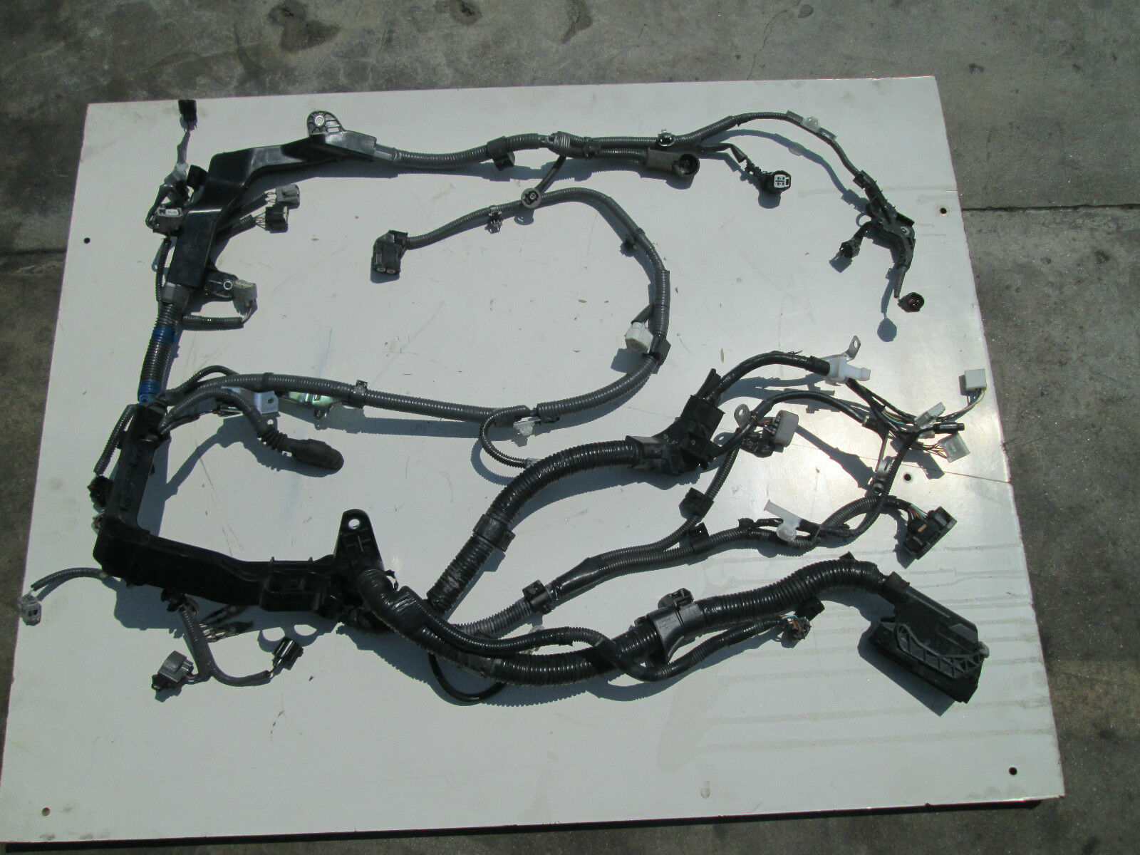 2012 2013 Toyota Camry Engine Wire Harness Pictures