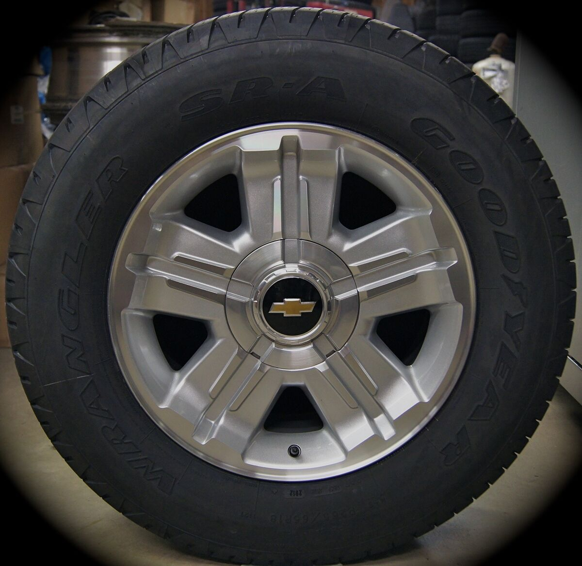 2013 Chevy Z71 Silverado Tahoe Suburban Avalanche 18 Wheels Rims