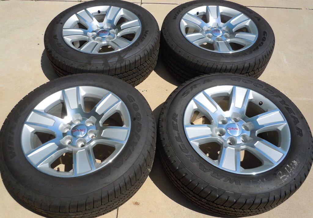 """2014 GMC Sierra 1500 20"""" 20 Factory Chrome Wheels Tires P275 55R20 Yukon"""