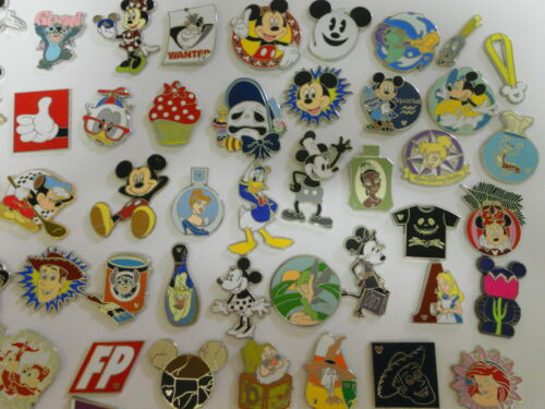 "25 Disney Trading Pins Lot No Duplicates Hidden Mickey's ""Fast Shipping"" in Collectibles, Disneyana, Contemporary (1968-Now) 