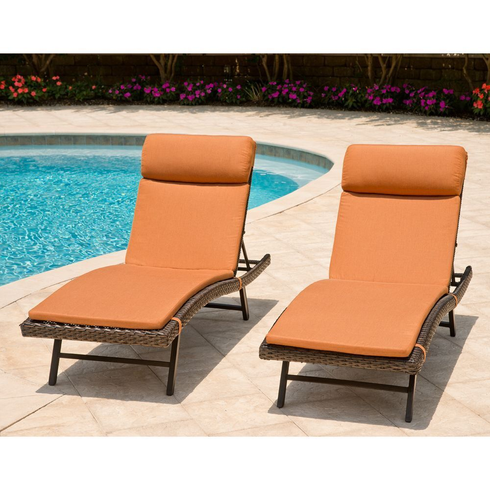 2pk toronto outdoor patio chaise seating sunbrella for Chaise longue toronto