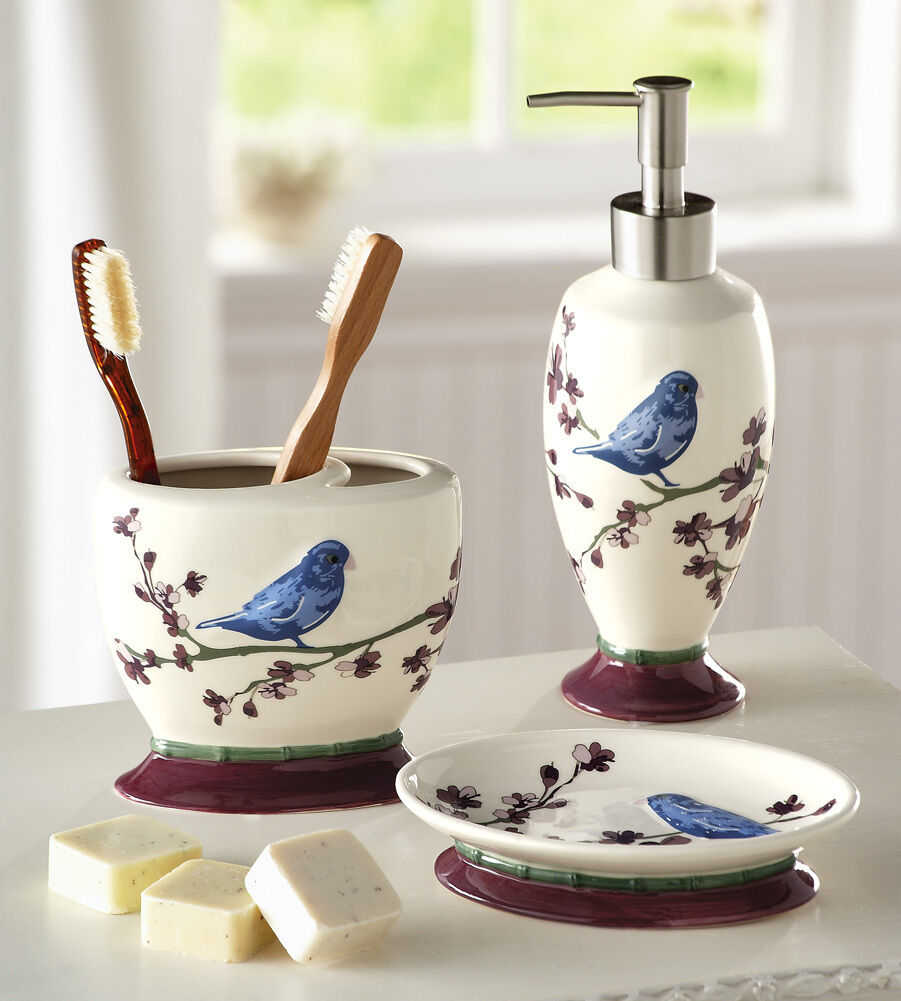 Bird Decor For Bathroom 2017
