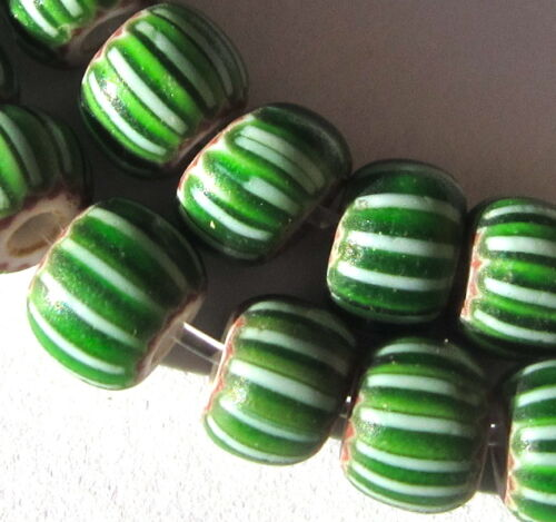 30 RARE OLD SMALL GREEN VENETIAN CHEVRON AFRICAN TRADE BEADS 30 in Collectibles, Beads, 1800-1950 | eBay