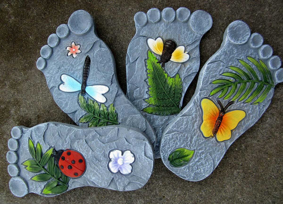 Delightful 4 Foot Stepping Stone Ladybug Dragonfly Honey Bee Butterfly Bug Garden  Yard Set