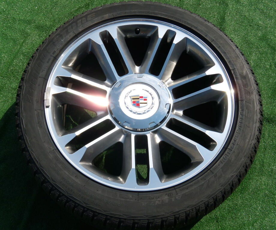 New 2013 Real Genuine Factory GM Cadillac Escalade Premium 22 Wheels