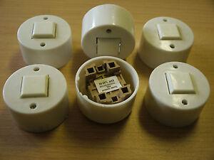 6-Aufbau-Taster-weiss-DDR-Plaste-60W-250V-Flaechentaster-Schalter-Drucktaster-rund