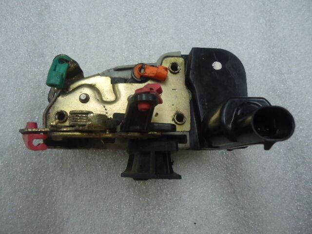 94 01 Dodge RAM Pickup 1500 2500 Door Latch Lock Actuator LF Drivers Front