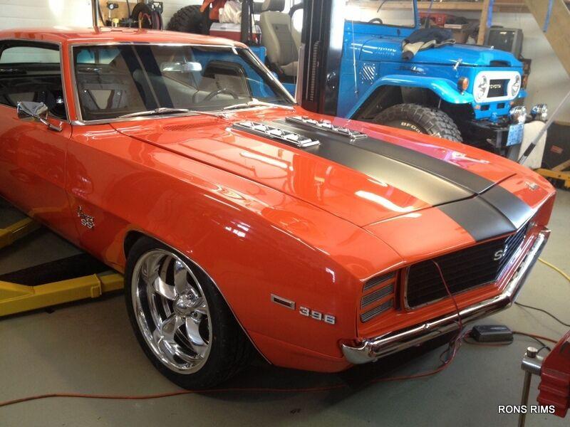 "American Racing Torq Thrust "" VN425"" Camaro Z 28 Ford Mopar Chevy GM 17x8"