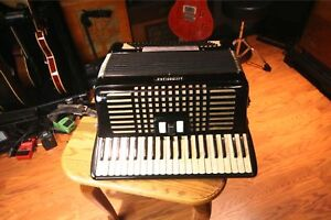 Accordiana Excelsior 604 Accordion Excellent Vintage in Musical Instruments & Gear, Accordion & Concertina | eBay
