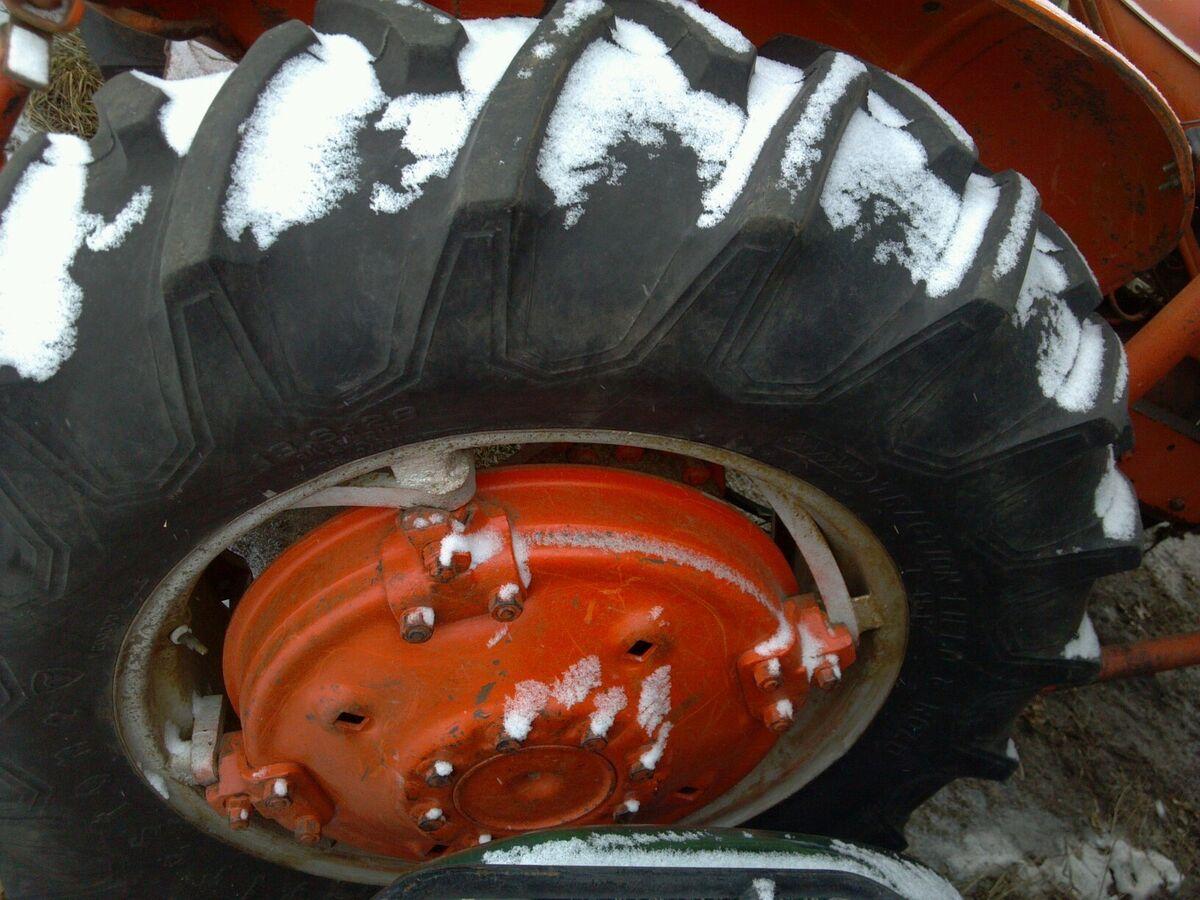 Allis Chalmers WD WD45 Firestone Rear Rims Tires 13 6 28 95