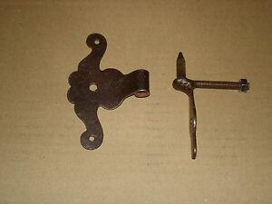 Antikbeschlaege-Schrankband-fuer-gefaelzte-Tuer