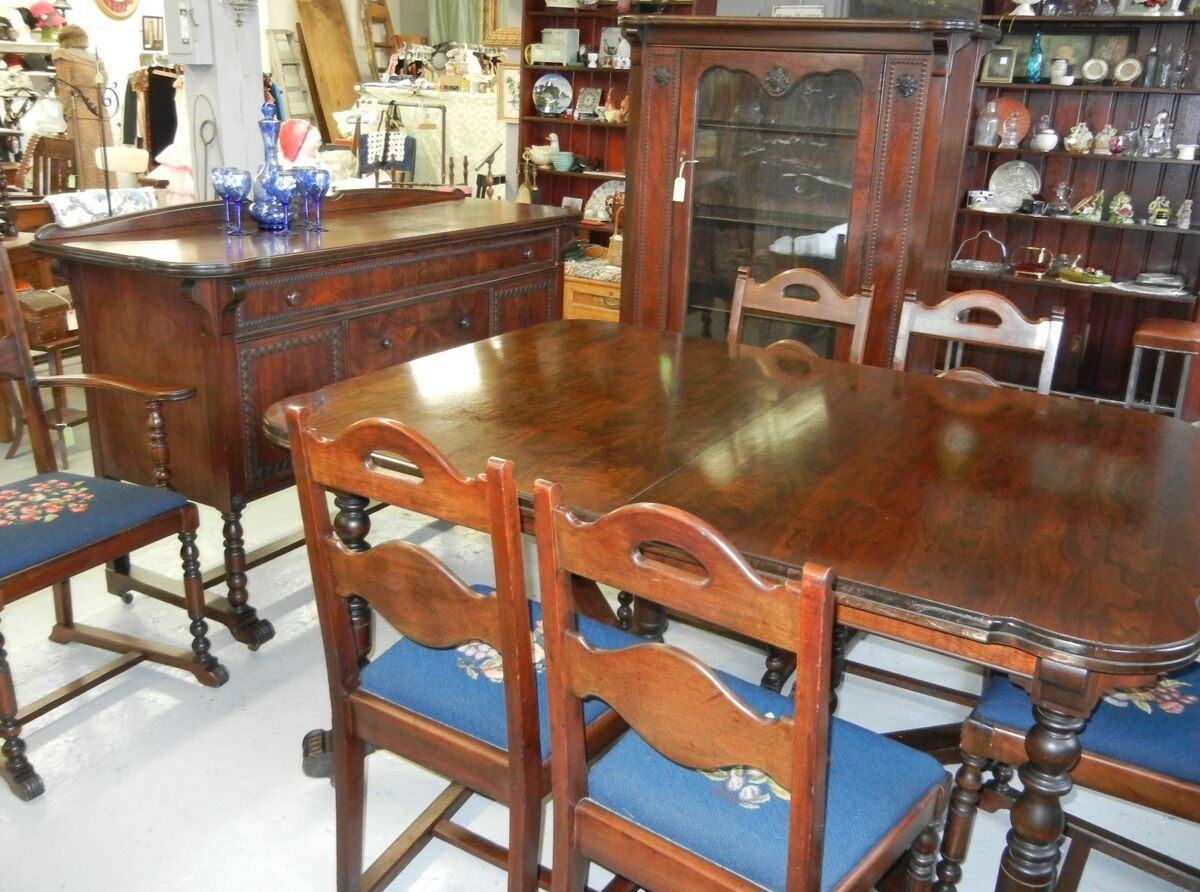 Antique Mahogany Dining Room Set Table Chairs China Buffet  : T2eC16VHJGwFFZOOiospBSJ6uk1Q6045 from www.popscreen.com size 1200 x 892 jpeg 180kB