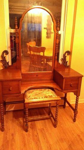Antique Makeup Vanity Jenny Lind 1900's in Antiques, Furniture, Dressers & Vanities | eBay